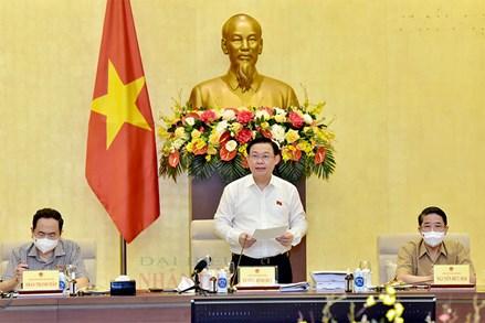 Chủ tịch Quốc hội Vương Đình Huệ chủ trì làm việc với Thường trực Ủy ban Kinh tế về Quy hoạch sử dụng đất quốc gia