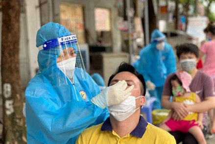 Tiếp tục thực hiện nghiêm, hiệu quả các biện pháp phòng, chống dịch COVID-19