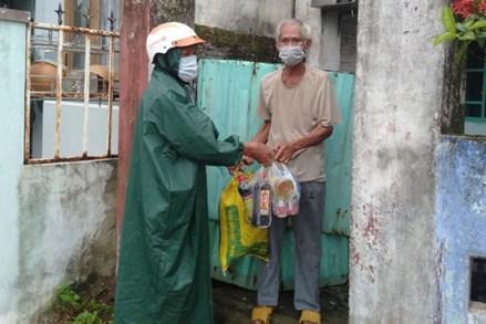 Người dân Đà Nẵng san sẻ yêu thương giữa mùa dịch