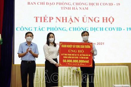 Hà Nam tiếp nhận gần 67 tỷ đồng ủng hộ công tác phòng, chống dịch COVID-19