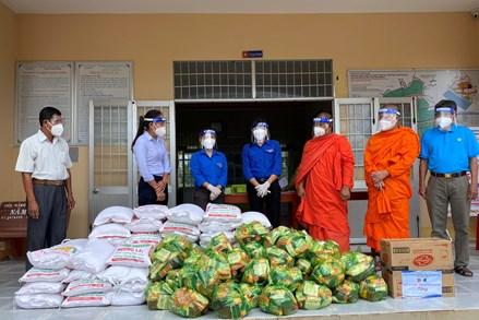 Trà Vinh: Vận động đồng bào Khmer thực hiện tốt công tác phòng, chống dịch bệnh Covid-19