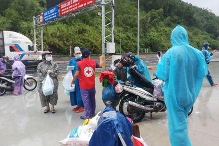 Đà Nẵng hỗ trợ người dân các tỉnh, thành phố phía nam về quê