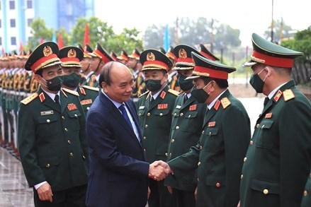 Chủ tịch Nước Nguyễn Xuân Phúc dự Lễ Tuyên dương các tập thể và cá nhân có thành tích xuất sắc trong tham gia hoạt động giữ gìn hòa bình Liên Hợp Quốc