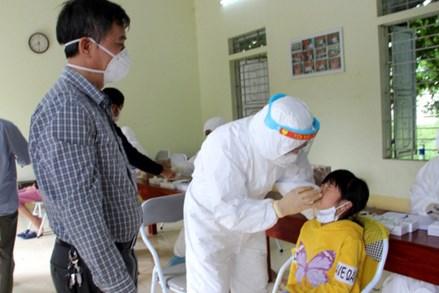 COVID-19 ngày 20/10: Số ca mắc trong ngày tăng nhẹ; nhiều tỉnh phát hiện chùm ca bệnh