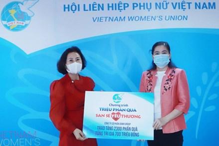 Hội LHPN Việt Nam tiếp nhận 2.300 phần quà san sẻ yêu thương trị giá 700 triệu đồng