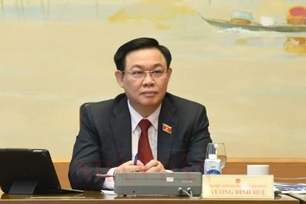 Chủ tịch Quốc hội Vương Đình Huệ: Không để Luật ban hành xong cả thị trường phải ngồi chờ văn bản hướng dẫn
