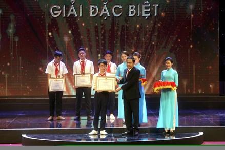 Trao giải Cuộc thi sáng tạo thanh thiếu niên, nhi đồng toàn quốc lần thứ 13