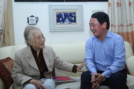 Phó Chủ tịch - Tổng Thư ký Hầu A Lềnh chúc Tết nguyên lãnh đạo Nhà nước, Mặt trận