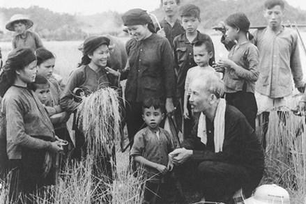 Thực hiện tốt phương pháp dân vận Hồ Chí Minh để hoạch định chủ trương, chính sách hợp lòng dân  