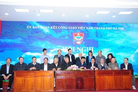 Ủy ban Đoàn kết Công giáo TP. Hà Nội phát động thi đua năm 2018