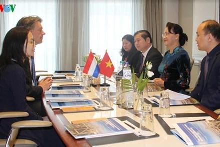 Chủ tịch Quốc hội tiếp Giám đốc Cảng quốc tế Rotterdam