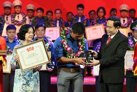 Trao giải thưởng Lý Tự Trọng năm 2018 cho 87 cán bộ Đoàn tiêu biểu