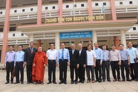 Chủ tịch Trần Thanh Mẫn thăm Trường Cao đẳng nghề Hòa Bình Xuân Lộc