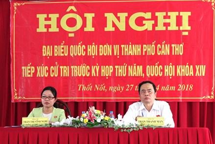 Chủ tịch Trần Thanh Mẫn tiếp xúc cử tri tại thành phố Cần Thơ