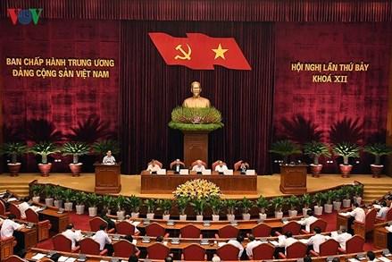 """Hội nghị Trung ương 7: """"Nóng"""" vấn đề kiểm soát quyền lực, chống chạy chức, chạy quyền"""