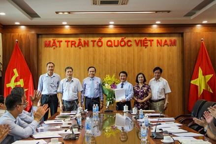 Ông Hầu A Lềnh giữ chức Bí thư Đảng ủy cơ quan Trung ương MTTQ Việt Nam