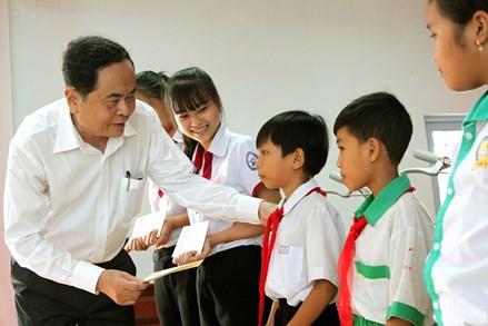 Đầu tư cho giáo dục là đầu tư cho sự phát triển