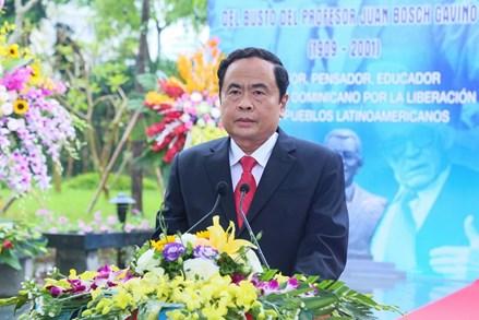 Khánh thành tượng Giáo sư Juan Bohs tại Hà Nội