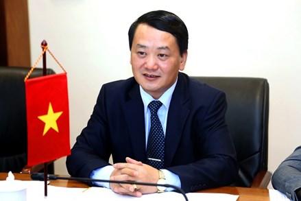 Đoàn cấp cao Ủy ban Trung ương MTTQ Việt Nam thăm và làm việc tại Pháp và Hungary