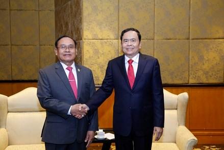 Thắt chặt hơn nữa mối quan hệ hợp tác, hữu nghị Việt Nam và Campuchia
