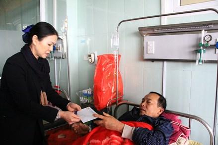 Mặt trận Trung ương thăm hỏi nạn nhân vụ tai nạn giao tại tỉnh Hải Dương
