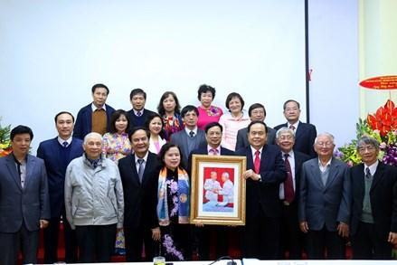 Lan tỏa giá trị tốt đẹp của người thầy thuốc Việt Nam