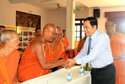 Chủ tịch Trần Thanh Mẫn chúc mừng tết Chôl Chnăm Thmây của đồng bào Khmer *