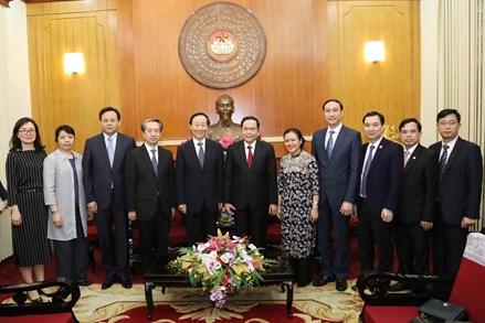 Thắt chặt tình hữu nghị giữa nhân dân hai nước Việt Nam - Trung Quốc