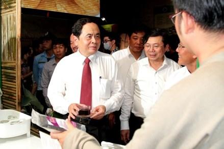 Chủ tịch Trần Thanh Mẫn tham dự Lễ hội bánh dân gian Nam bộ 2019
