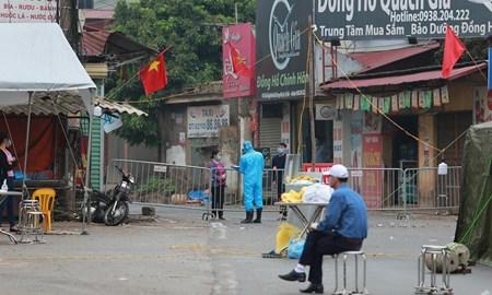 Cận cảnh vùng cách ly gần 11.000 nhân khẩu ở thôn Hạ Lôi, nơi bệnh nhân 243 sinh sống