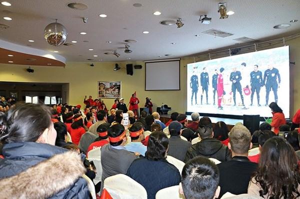 Người Việt ở khắp thế giới hết mình cổ vũ cho U23 Việt Nam