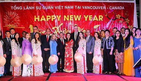 Tổng lãnh sự quán Việt Nam tại Vancouver tổ chức Tết cộng đồng