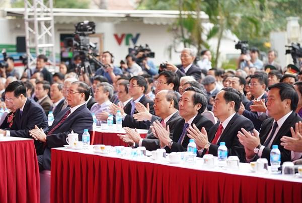 Thủ tướng dự khai mạc Hội báo toàn quốc năm 2019