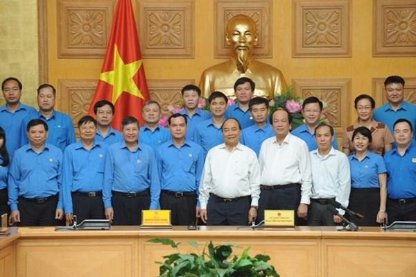 Thủ tướng Nguyễn Xuân Phúc làm việc với Đoàn Chủ tịch Tổng LĐLĐ Việt Nam