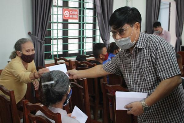 Thừa Thiên - Huế: Hỗ trợ hộ nghèo bị ảnh hưởng do dịch Covid-19