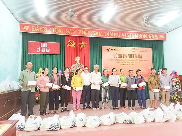 Mặt trận các cấp tỉnh Quảng Trị giám sát chặt chẽ chính sách hỗ trợ người dân gặp khó khăn do COVID-19