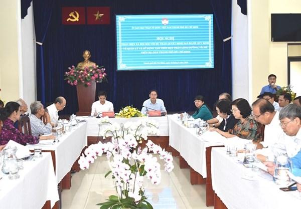 Mặt trận Tổ quốc TP Hồ Chí Minh phản biện về quản lý sử dụng lòng đường, vỉa hè