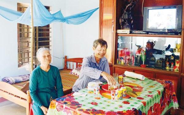 MTTQ tỉnh Quảng Ngãi chăm lo cho người nghèo