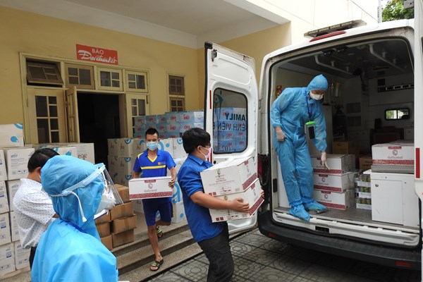 Đà Nẵng hỗ trợ gạo cho gần 100.000 người khó khăn do dịch bệnh
