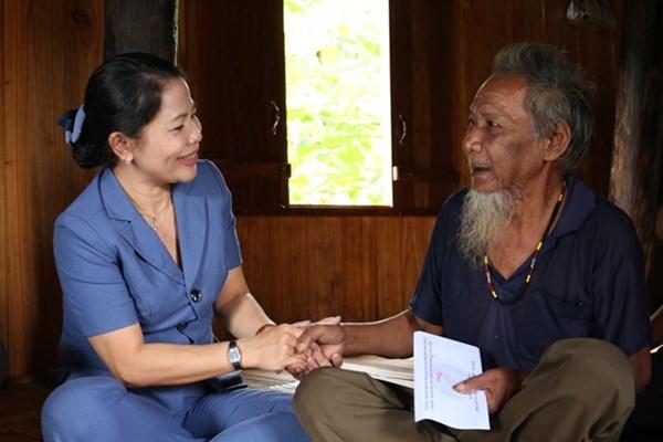 Ủy ban MTTQ tỉnh Bình Định: Thăm, tặng quà các gia đình chính sách, người có công với cách mạng