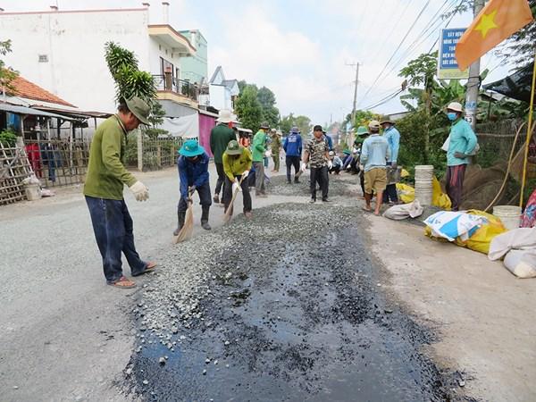 MTTQ huyện Phú Tân  tăng cường khối đại đoàn kết, chăm lo đời sống nhân dân