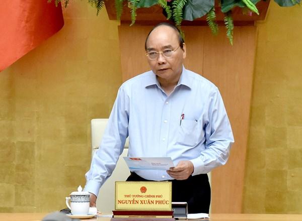Thủ tướng Nguyễn Xuân Phúc: Cần nhiều biện pháp kịp thời trong thực hiện mục tiêu kép
