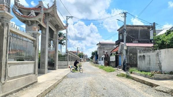 Đồng bào Công giáo tỉnh Nam Định hiến đất làm đường, xây dựng Nông thôn mới