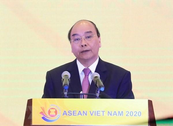 Thủ tướng ra tuyên bố của Chủ tịch ASEAN về ứng phó COVID-19