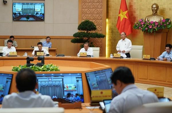 Thủ tướng yêu cầu bình tĩnh, không chủ quan, điều tra, truy vết quyết liệt