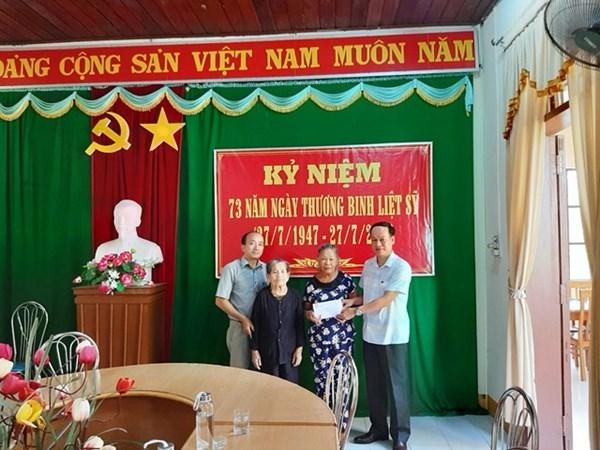 Mặt trận Quảng Trị thăm, tặng quà thương bệnh binh nhân kỷ niệm ngày Thương binh – Liệt sĩ