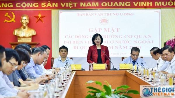 Đẩy mạnh thực hiện Nghị quyết của Bộ Chính trị về công tác đối với người Việt Nam ở nước ngoài