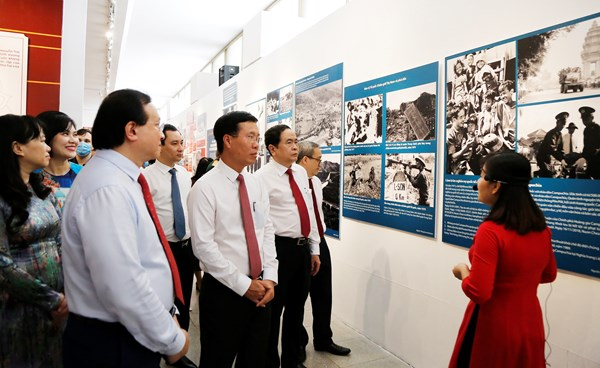 Khai mạc trưng bày chuyên đề 'Việt Nam – Độc lập, tự cường'