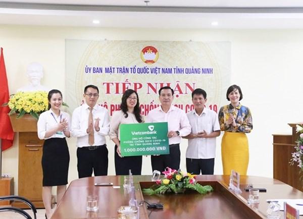 Doanh nghiệp Quảng Ninh ủng hộ phòng chống dịch Covid-19