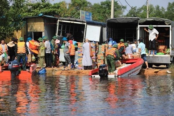 Chính phủ Mỹ chia sẻ với Việt Nam về mất mát do lũ lụt ở miền Trung
